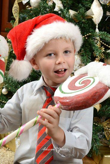 Fotografii acasă de Crăciun Iași + Edi, Misha, Cătă & Tom de Crăciun
