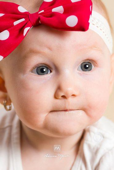 Maia, portrete de bebeluș
