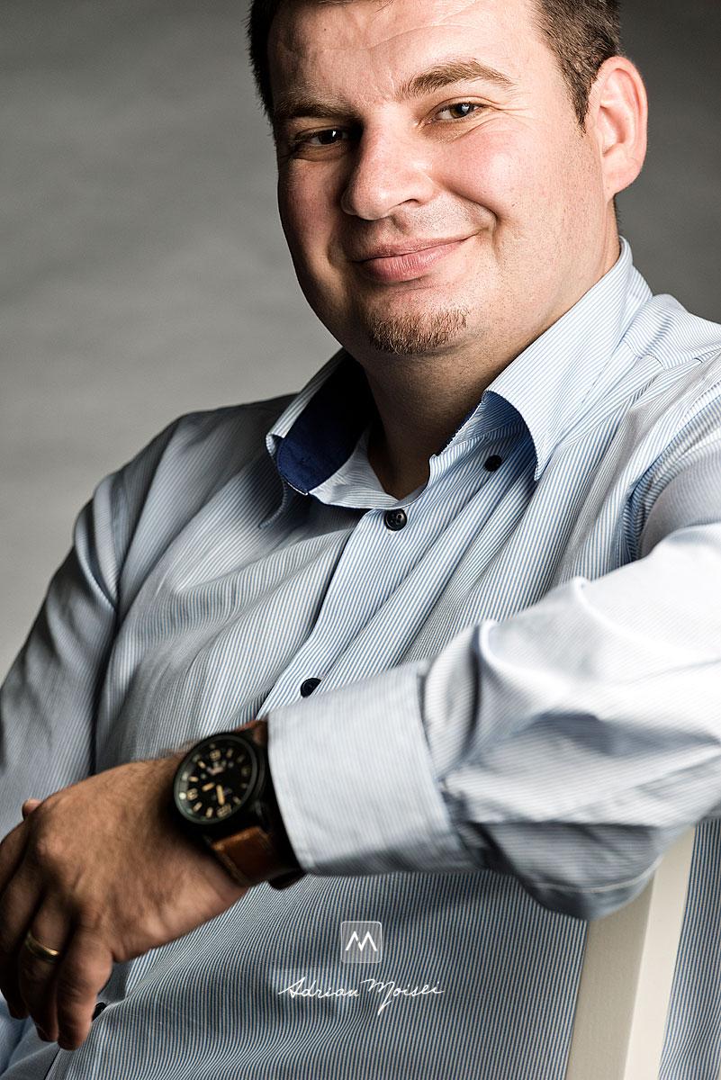 Portret de barbat realizat de Adrian Moisei