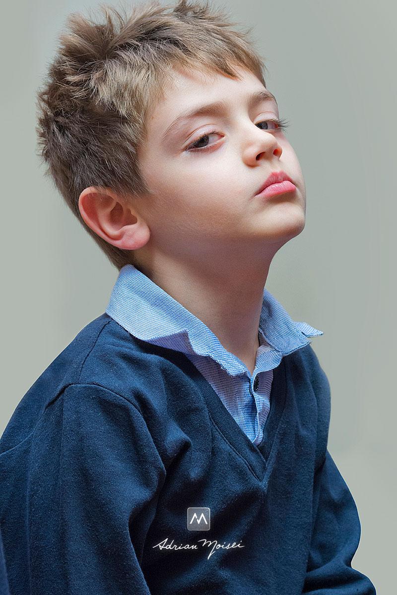 Portret de copil obraznic, fotograf de familie Iași