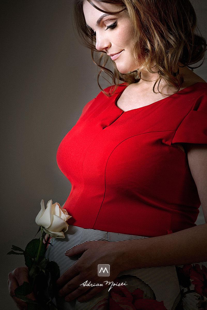 Graviduta, portret realizat de Adrian Moisei, fotograf Iasi