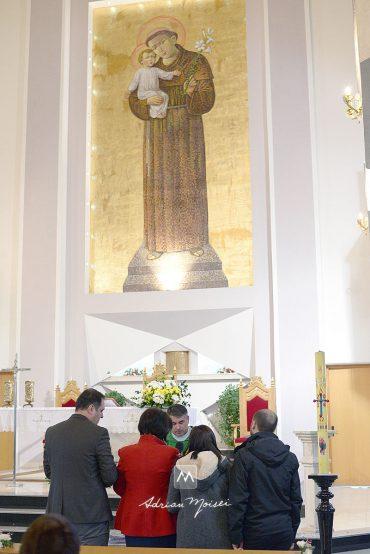 Fotografie de botez la Catedrala Catolică