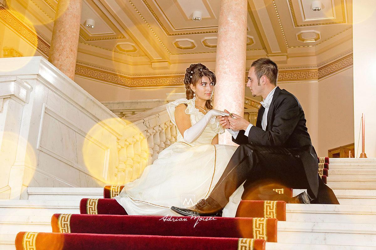 Fotografie de nuntă în Iași la BCU - Biblioteca Centrală Universitară 'M.Eminescu' Iași.