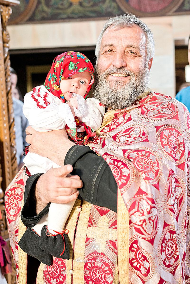 Fotografie de botez la biserica Sf. Parascheva Iasi