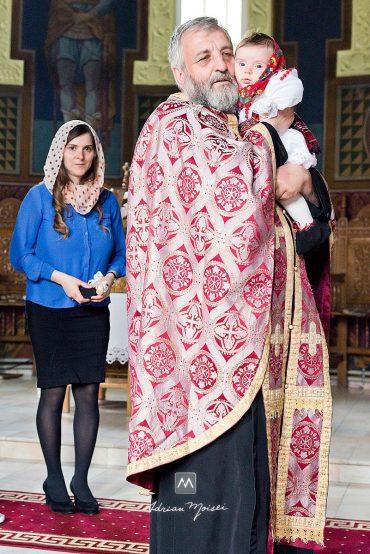 Fotografie de botez Iași la biserica Cuvioasa Parascheva