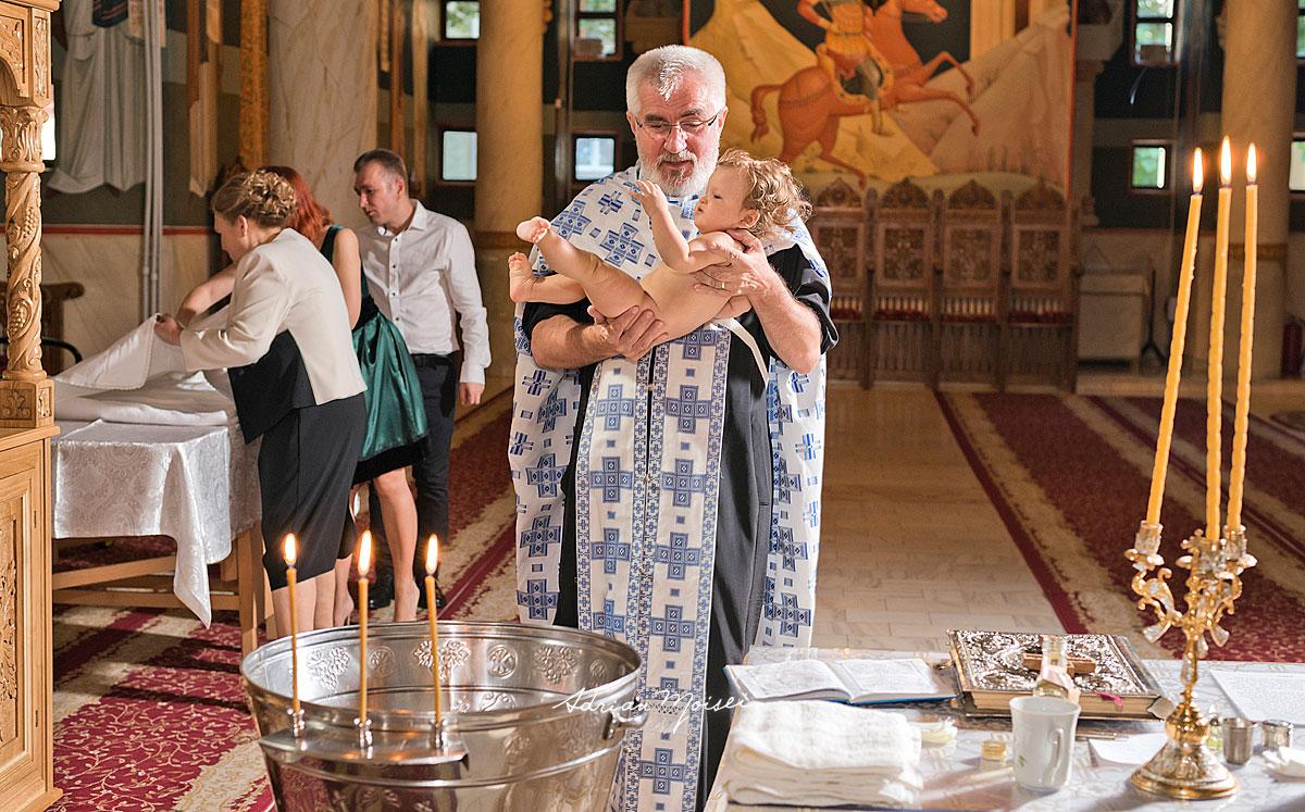 La biserica Intrarea Domnului în Ierusalim, fotograf botez Iași