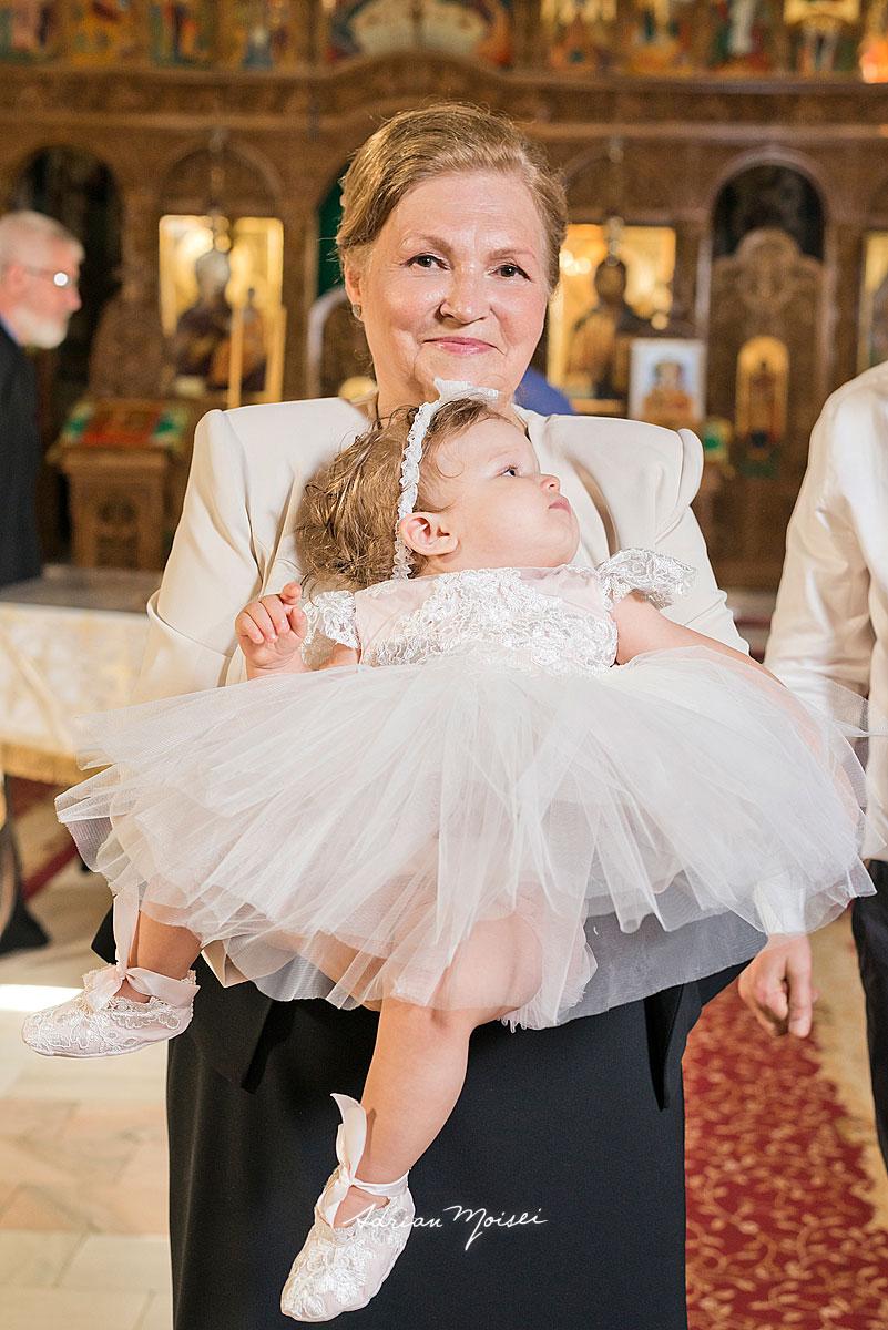 Fotografie de botez la biserica Intrarea Domnului în Ierusalim, fotograf botez Iași