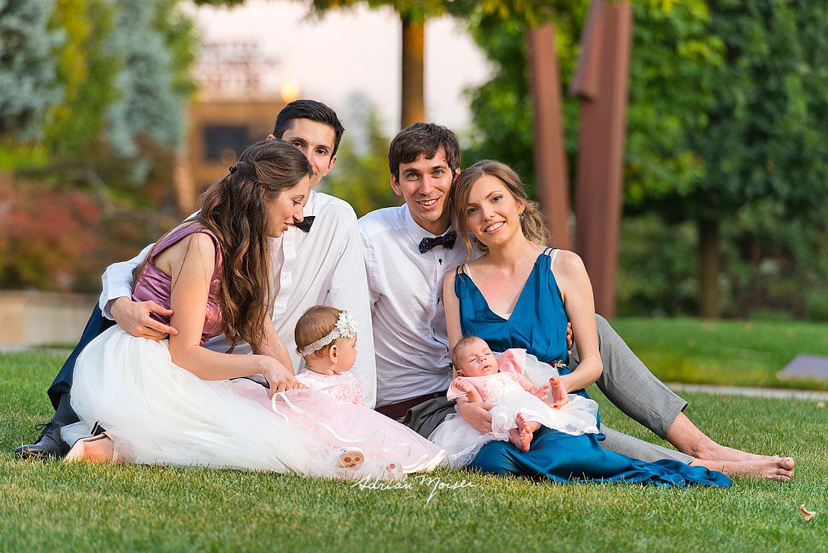 Înainte de petrecerea de botez, la grădina Palas Iași, într-o zi minunată de vară, fotograf botez Iași