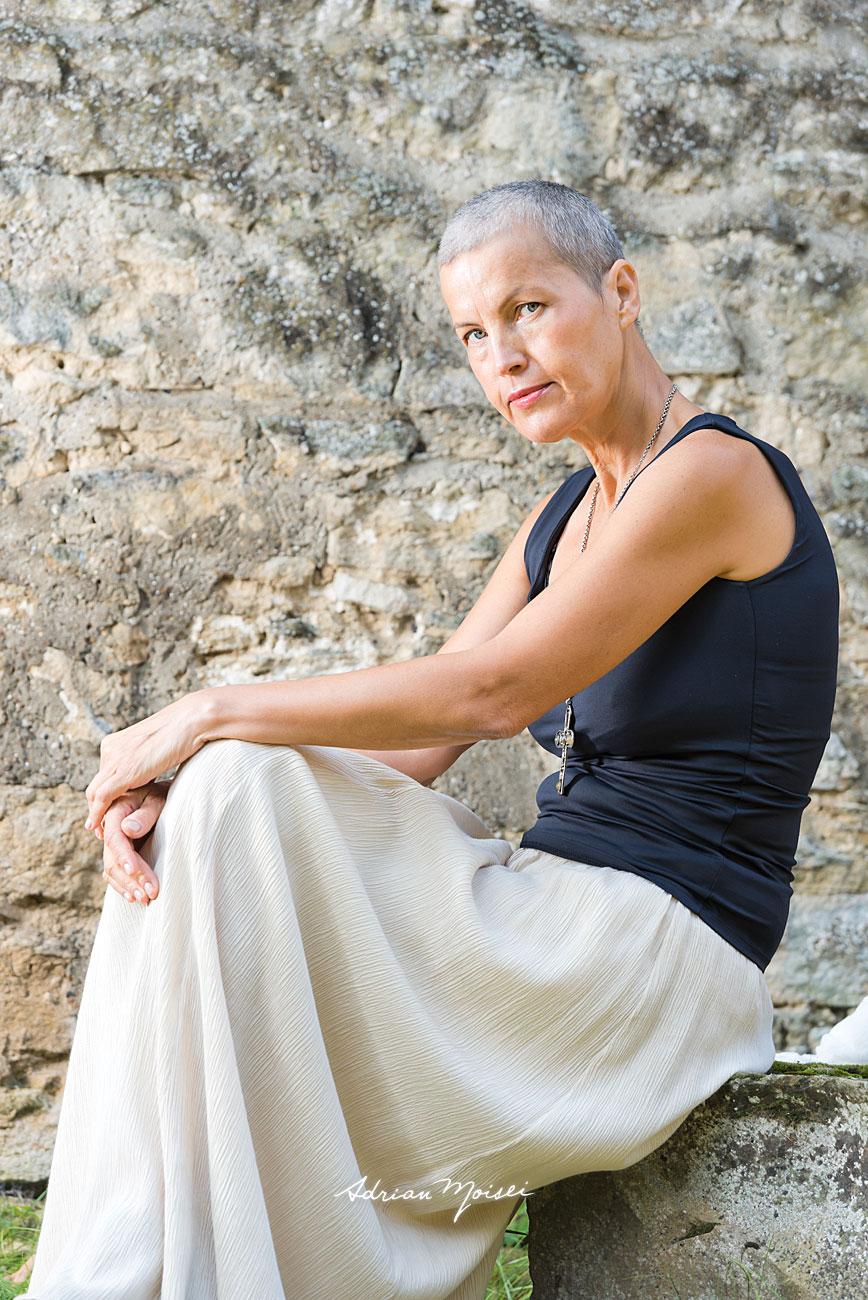 Fotografie de portret realizată de Adrian Moisei, la mănăstirea Galata, fotografie în natură