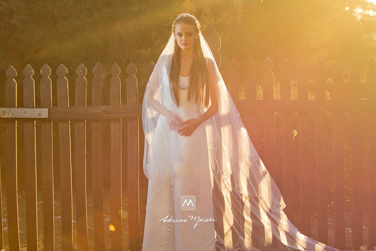 Mireasă în lumina de apus, fotografie de Adrian Moisei, artist fotograf ieșean, fotograf nuntă Iași