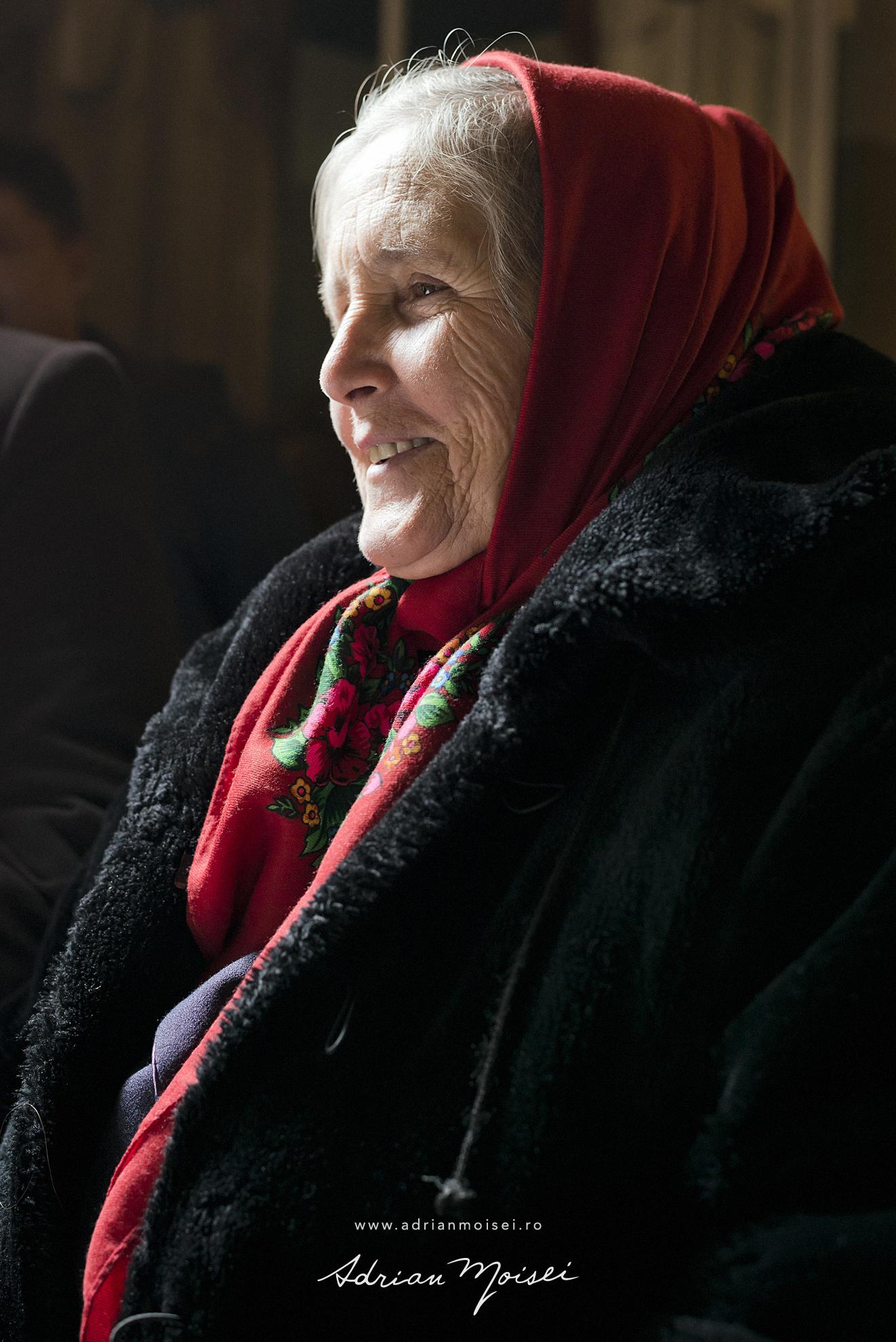 Portret de bunica realizat de Adrian Moisei, fotograf botez Iași