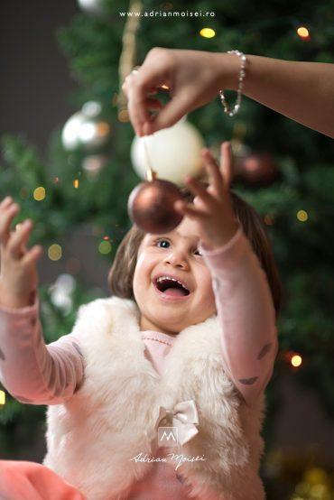 Fotograf de Crăciun Iași – De Crăciun cel mai bine este acasă cu cei dragi