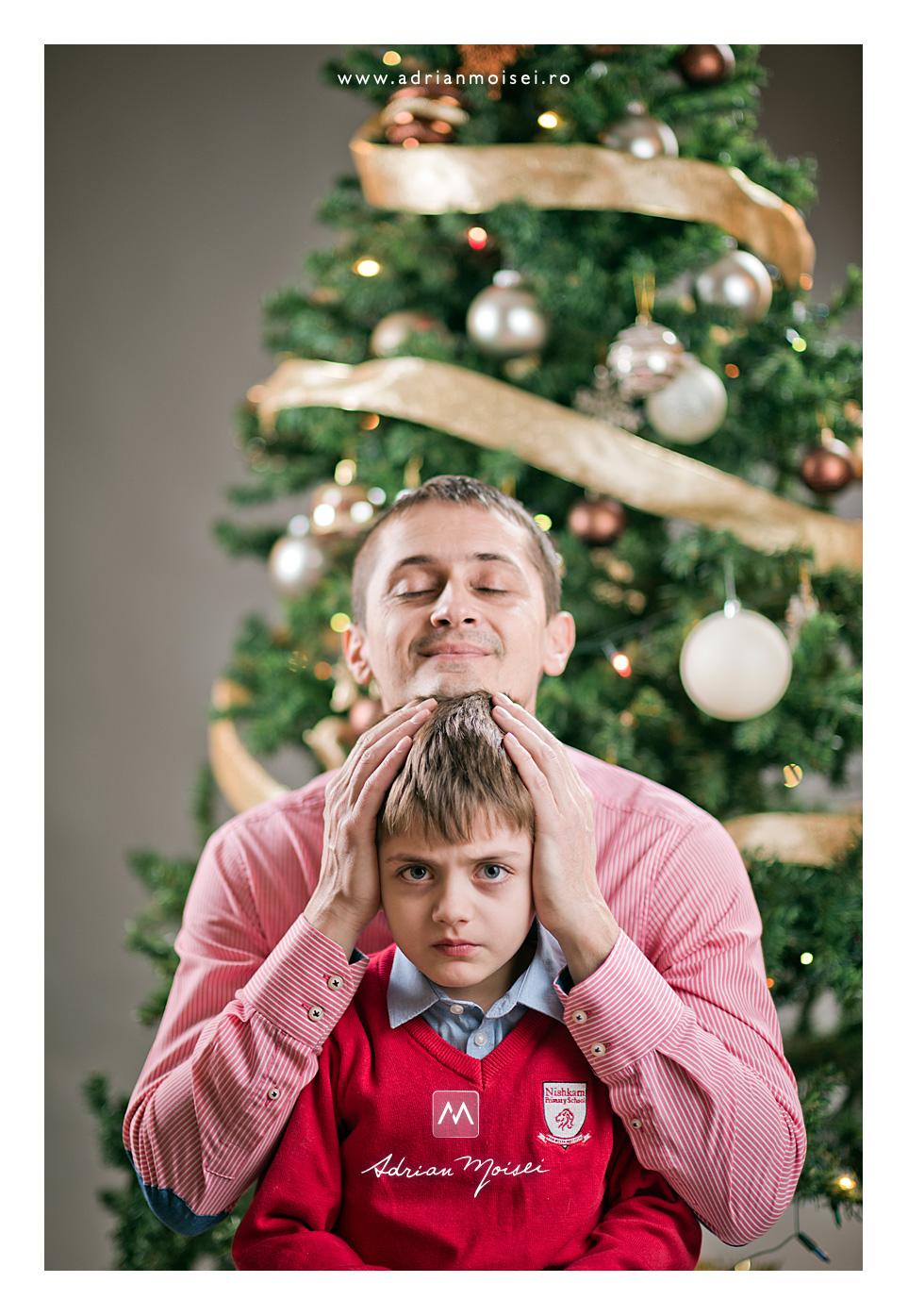 Tatal si copilul - Minisesinta foto de Crăciun, fotograf Iasi Adrian Moisei