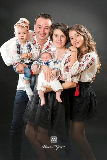 Fotograf familie Iași +  Costumele populare