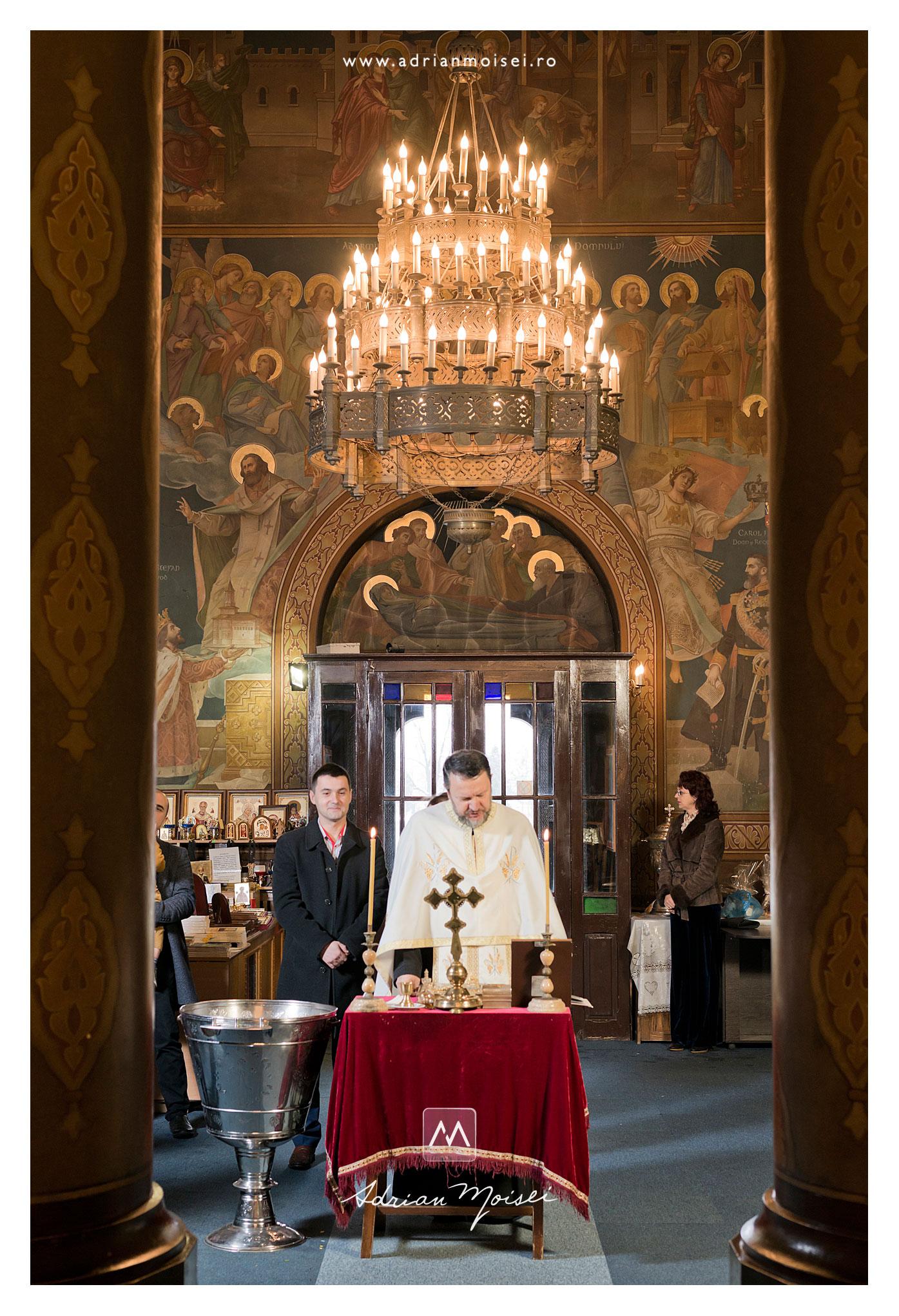 Biserica Sfântul Nicolae Domnesc, fotografie de interior, realizată de Adrian Moisei, fotograf botez Iași
