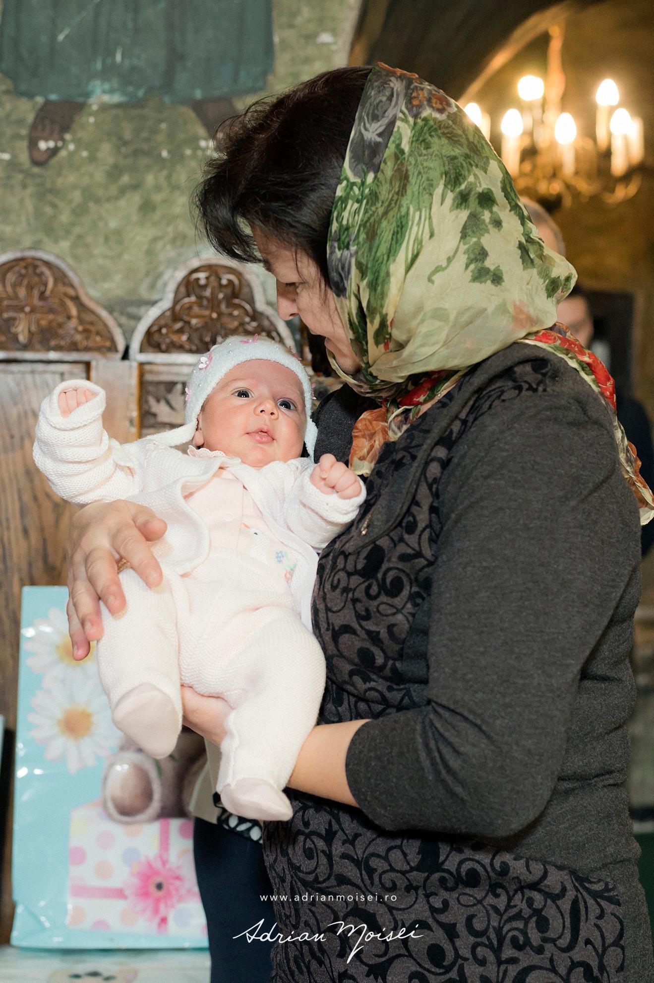 Botez in culorile fericirii, in Iași la biserica Sfântul Ioan Zlataust,  Adrian Moisei
