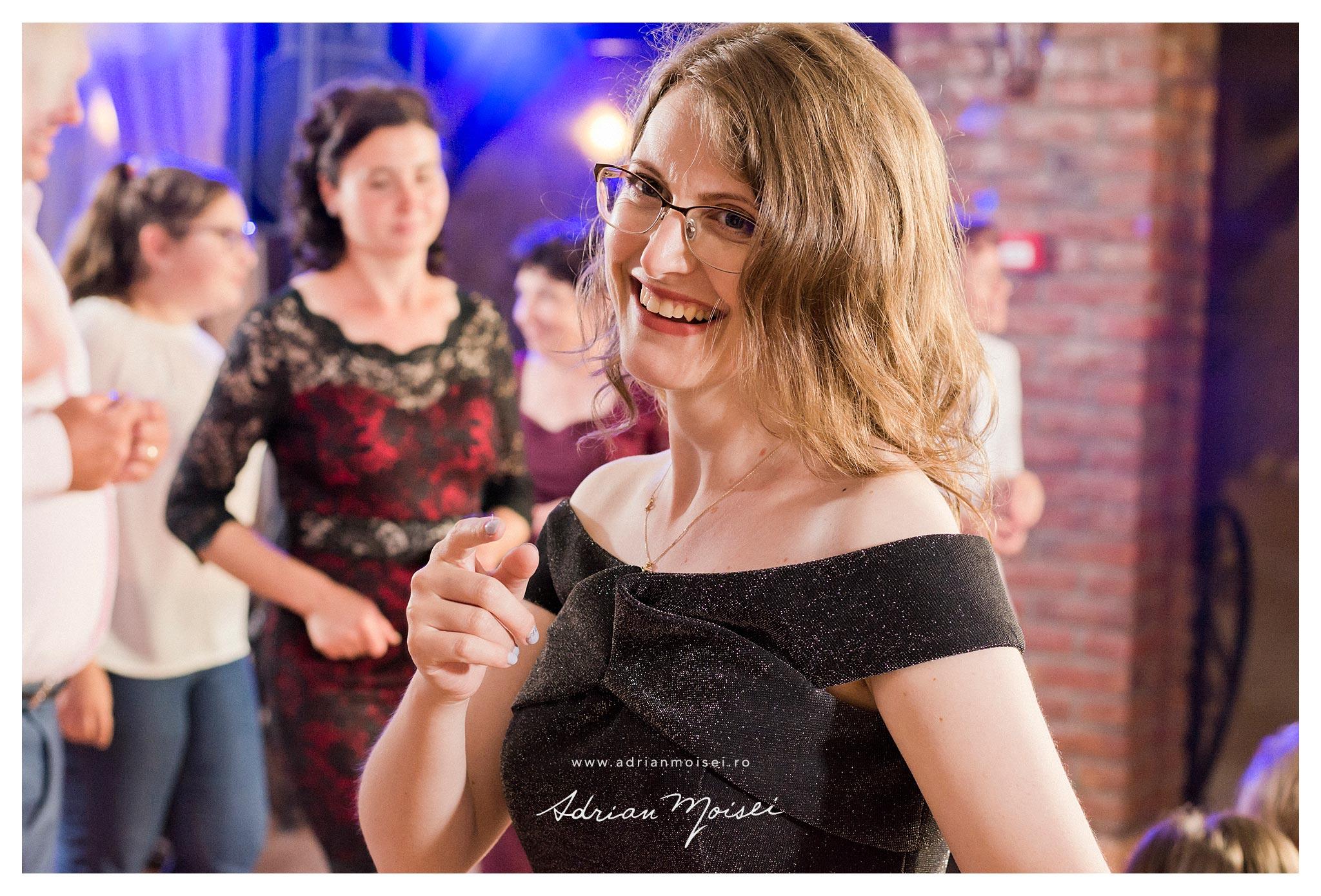 Fotografie de petrecere in Iasi, de Adrian Moisei