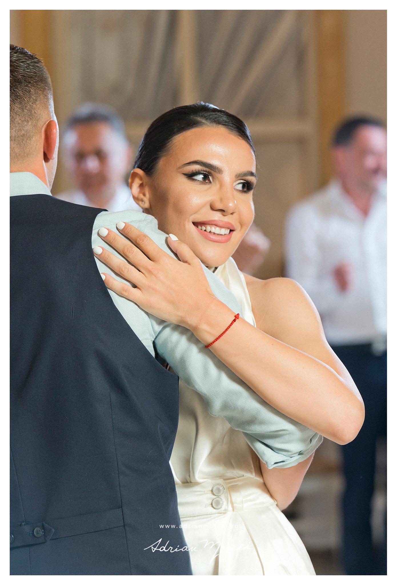 Cuplu dansand fotografie de Adrian Moisei, fotograf videograf Iasi