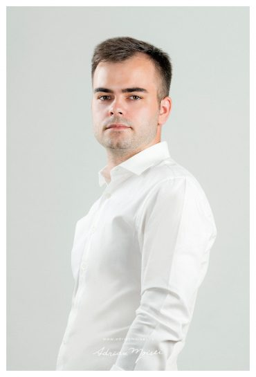 Corporate headshots – portraits în Iași
