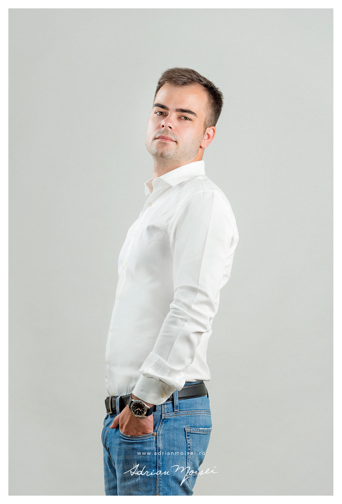 Corporate headshots & portraits in Iasi, studio foto Adrian Moisei