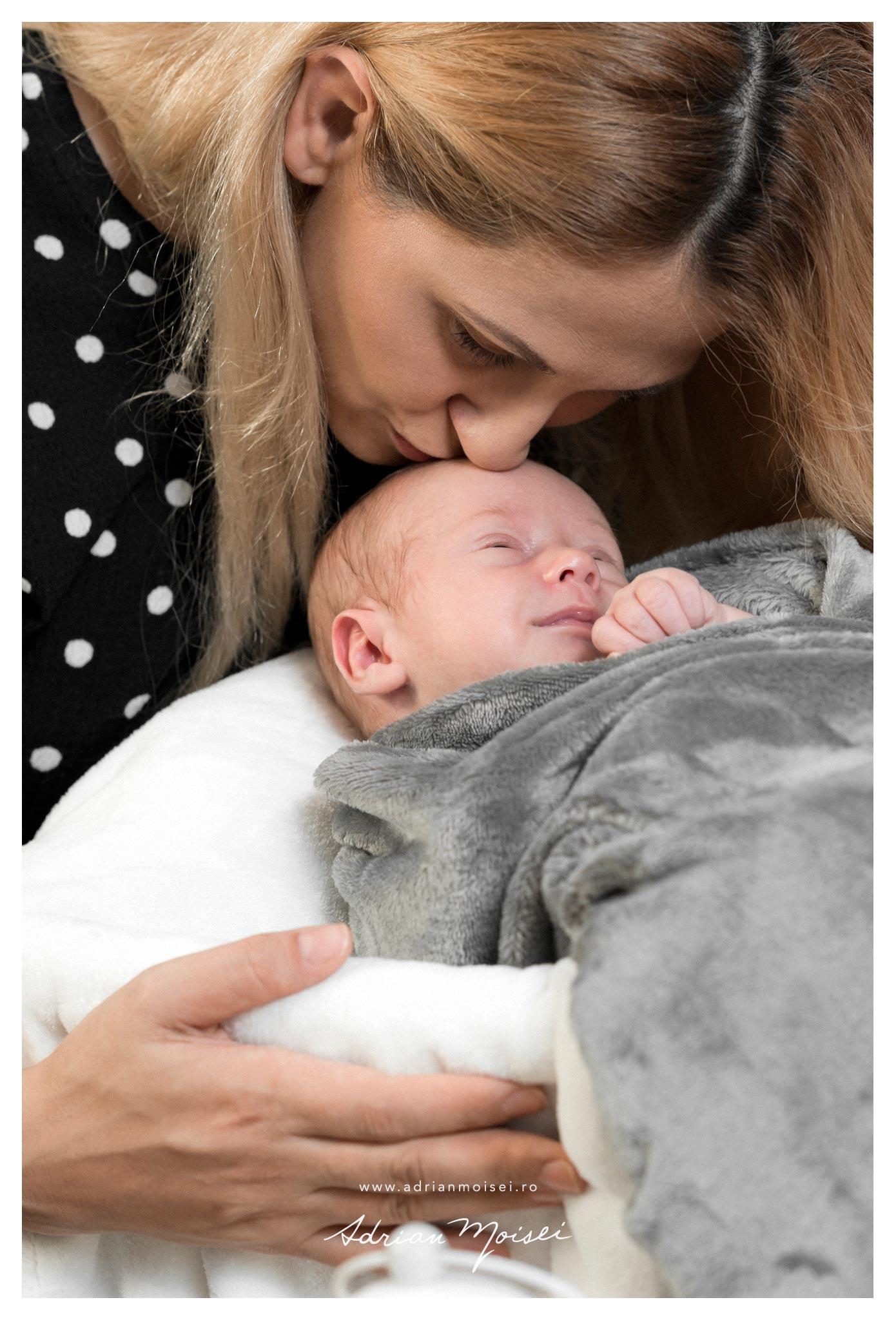Fotograf nou nascut Iasi - fotografie de familie de Adrian Moisei