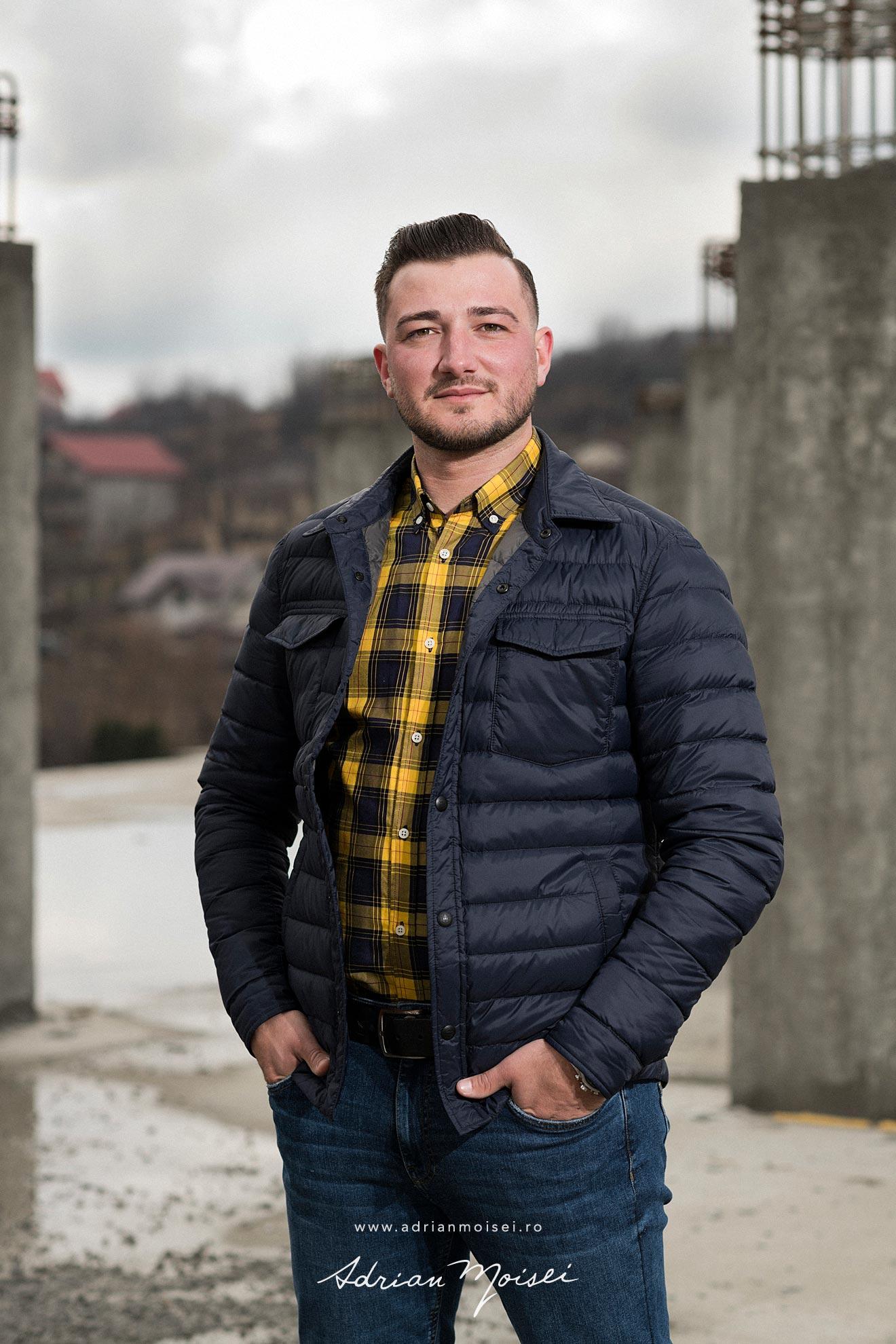 Corporate portraits, business portret in Iasi si Bucuresti realizate de Adrian Moisei, fotograf Iasi