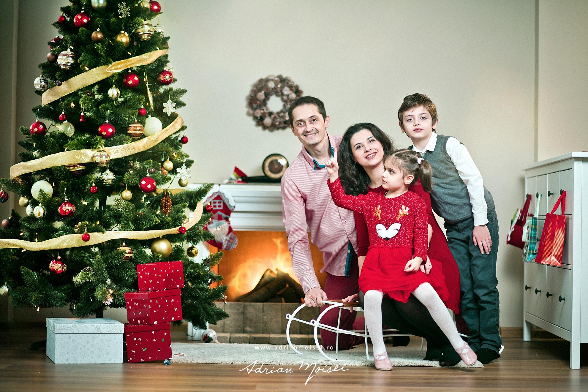 Fotograf familie Iasi, Sesiune foto craciun iasi. Sedinta foto de Craciun de Adrian Moisei la studio foto video Iasi