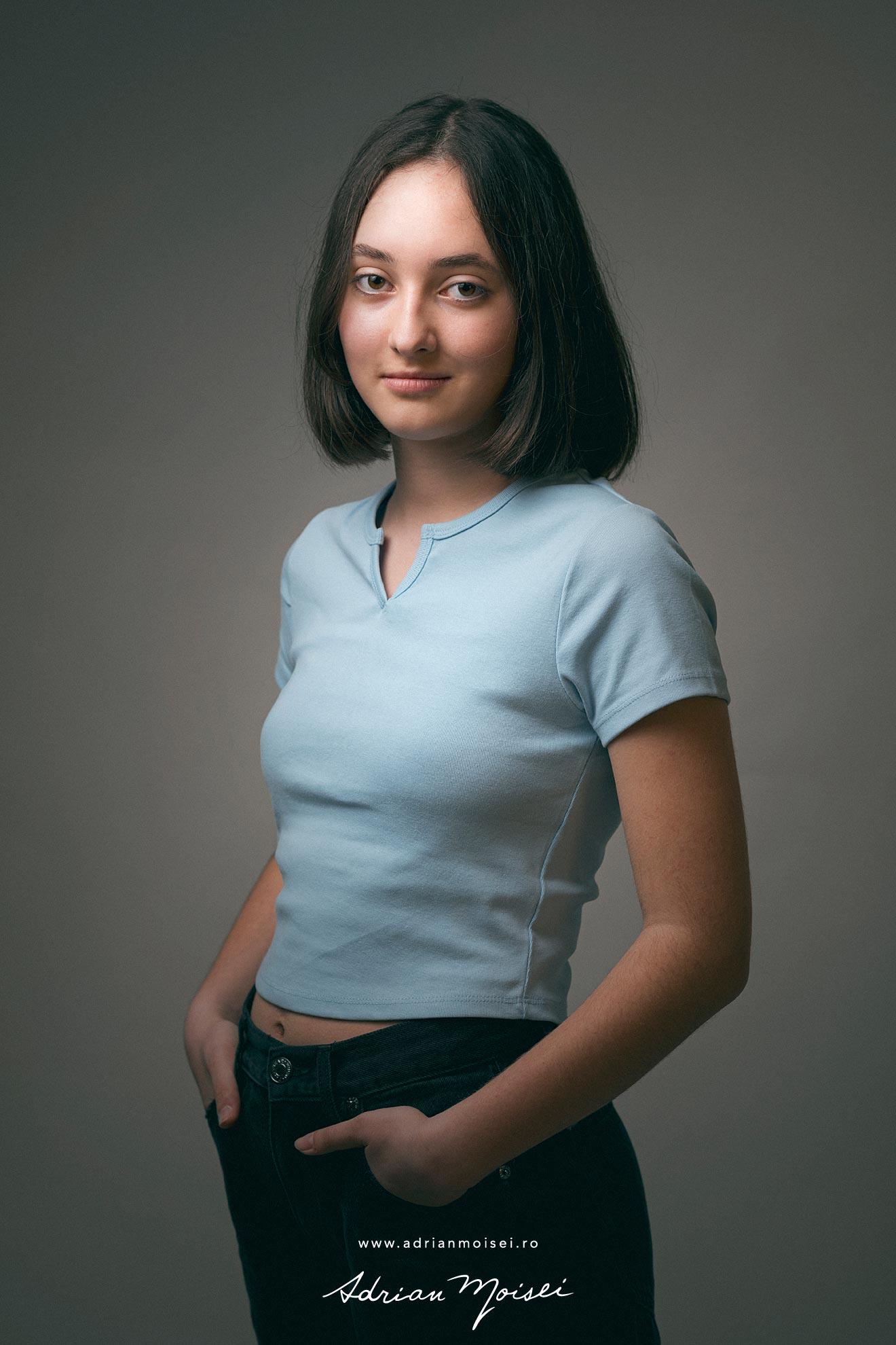 Vreau sa fiu actrita - fotografii cu Bodgana - o adolescenta ce isi doreste sa devina actrita - la studio foto-video Adrian Moisei