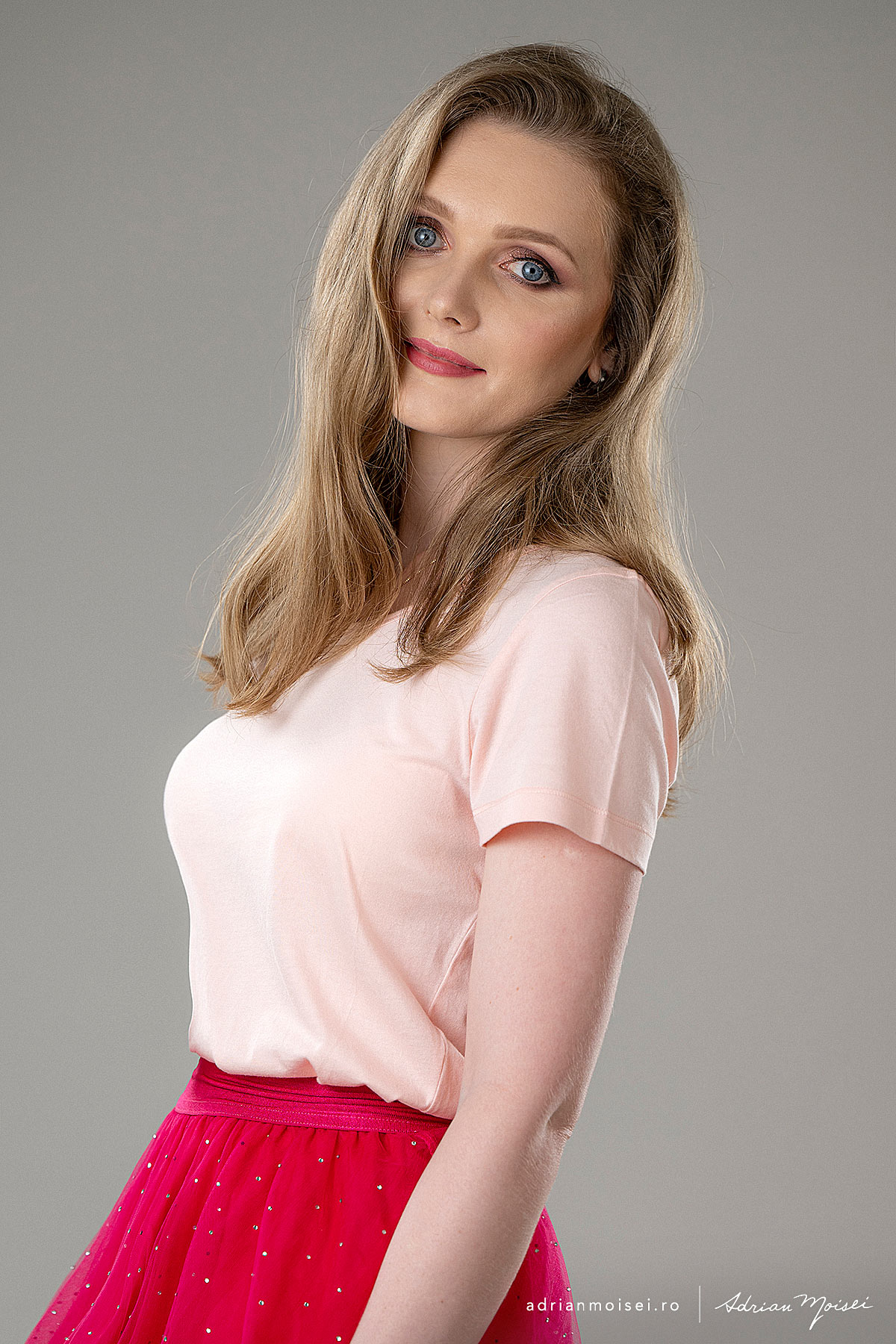 Fotograf Iasi - studio foto-video - fotografie fashion - beauty - portret - Adrian Moisei. Olga de la Atelier Motaniq